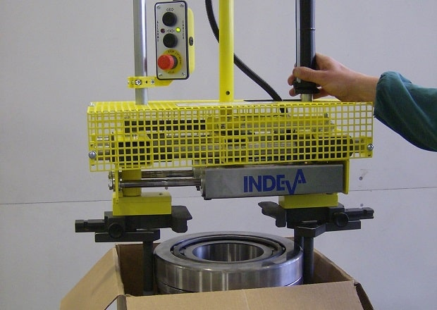 zero gravity lifting aids for handling cylinders