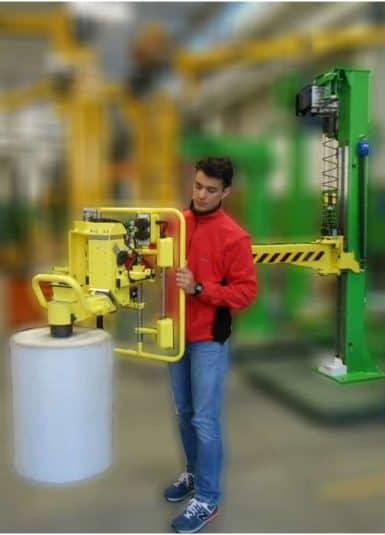 Řada INDEVA řady Liftronic je ideálním řešením pro pohyb textilních vláken, které vyžadují rychlé, plynulé a přesné pohyby. Díky své exkluzivní technologii nabízí řadu důležitých výhod, z nichž hlavními jsou schopnost automaticky detekovat a vyvažovat hmotnost nákladu zvednutého v reálném čase.